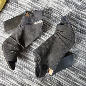 Vince Camuto Black Heeled Open Toe Booties
